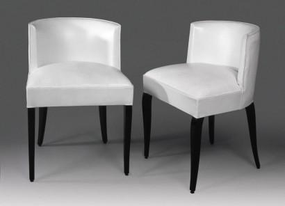 DA-Adnet-paire-de-chaises-cuir-blanc